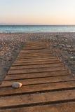 Passerella sulla spiaggia fotografie stock