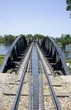 Passerelle au-dessus du fleuve Kwai Photos libres de droits
