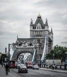 Passerelle célèbre de tour à Londres, Angleterre photo libre de droits