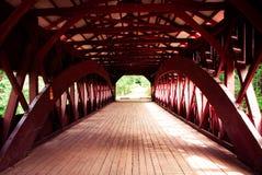 Passerelle couverte au New Hampshire photographie stock libre de droits
