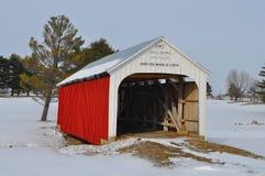 Passerelle couverte dans la neige Image stock