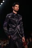 Passerelle d'Afffair en Mercedes-Benz Fashion Week Istanbul Images stock