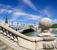 Passerelle d'Alexandre III à Paris Photographie stock libre de droits