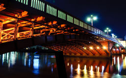 Passerelle d'Azuma au-dessus de fleuve de Sumida Images stock