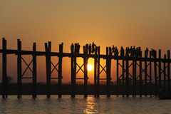 Passerelle d'U Bein, Mandalay, Myanmar Images stock