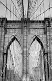 Passerelle de Brooklyn B&W Photos libres de droits