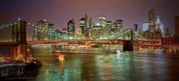 Passerelle de Brooklyn dans NYC au coucher du soleil Images libres de droits