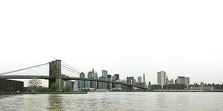 Passerelle de Brooklyn et panora inférieur d'horizon de Manhattan Photographie stock libre de droits