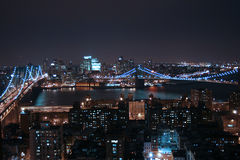 Passerelle de Brooklyn la nuit photographie stock libre de droits