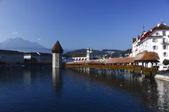Passerelle de chapelle à Lucerne photo libre de droits