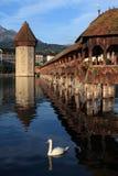 Passerelle de chapelle de Luzerne en Suisse Images stock