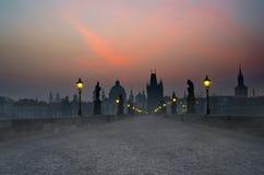 Passerelle de Charles de lever de soleil, Prague Image libre de droits