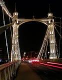Passerelle de Chelsea la nuit Photo libre de droits