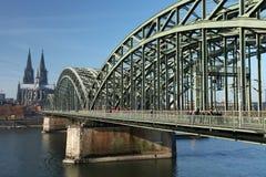 Passerelle de Cologne Image libre de droits