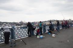 Passerelle de Galata à Istanbul, Turquie Photos libres de droits