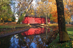 Passerelle de lever de soleil d'automne Photo libre de droits