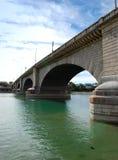 Passerelle de Londres dans la ville de Lake Havasu Images libres de droits