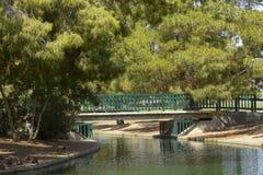 Passerelle de marche au lac Cortez, Phoenix, AZ images libres de droits