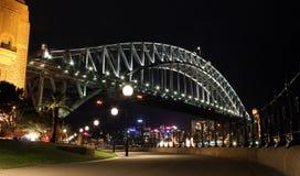 Passerelle de port de Sydney la nuit Photo libre de droits