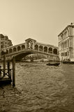 Passerelle de Rialto le matin Photo stock