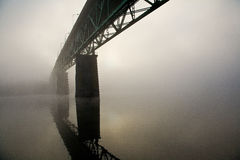 Passerelle de Sellwood à Portland, Orégon. photographie stock libre de droits