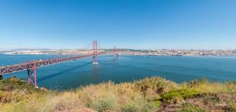 Passerelle de suspension à Lisbonne Image libre de droits