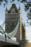 Passerelle de tour à Londres Photographie stock libre de droits