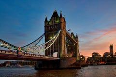 Passerelle de tour à Londres, Angleterre photo stock