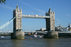 Passerelle de tour de Londres photo stock