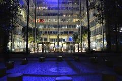 Passerelle de tour de Londres la nuit Photographie stock