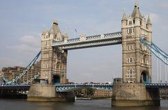 Passerelle de tour. Londres. l'Angleterre Images stock