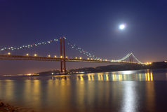 Passerelle du 25 avril à Lisbonne Photos stock