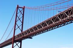 Passerelle du 25 avril à Lisbonne Photographie stock libre de droits