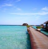 Passerelle en Maldives Images stock