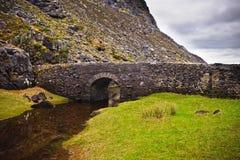 Passerelle en pierre, Irlande image libre de droits