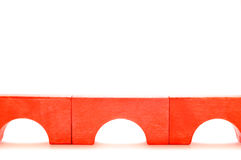 Passerelle faite de blocs en bois photos stock