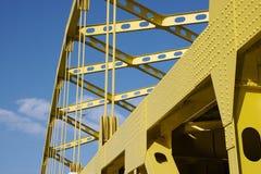 Passerelle jaune Photos libres de droits