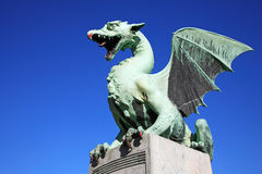 Passerelle Ljubljana de dragons Images libres de droits