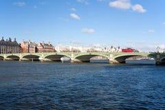 Passerelle Londres de Westminster Images libres de droits