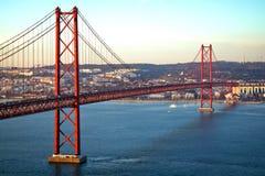 Passerelle rouge, Lisbonne, Portugal Image libre de droits