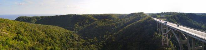 Passerelle sur la vallée de Yumuri - Cuba photos libres de droits