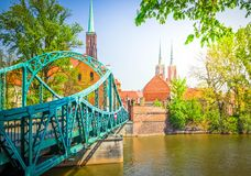 passerelle vers l'île Tumski, Wroclaw, Pologne image stock