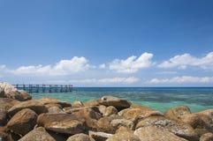 Passerelle vers la mer Image libre de droits