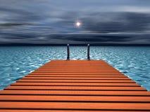 Passerelle vers la mer Photo libre de droits