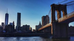 Passerelle vers Manhattan Photos libres de droits