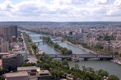 Passerelles au-dessus du Seine Photo stock