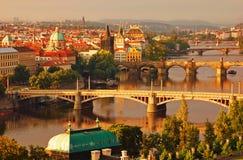 Passerelles de Prague de matin Images libres de droits
