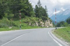 Passez la route au-dessus des Alpes, Autriche photographie stock libre de droits