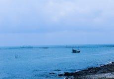 passi del peschereccio sul mare Immagine Stock Libera da Diritti