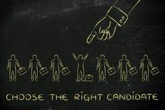 Passi indicare ad una persona, con testo scelgono il giusto candidat Fotografia Stock